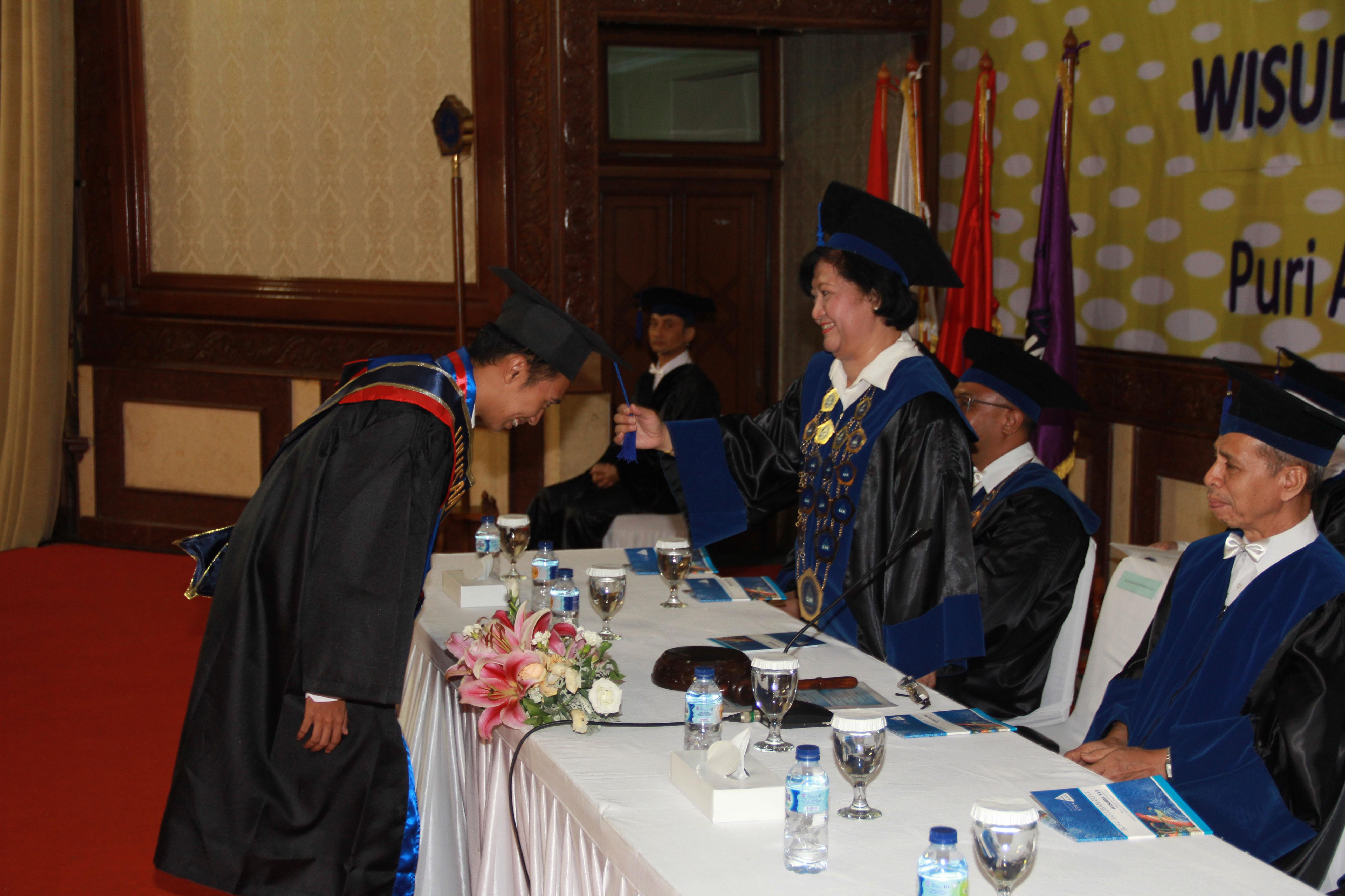 Wisuda ke-16 STBA LIA Jakarta Tahun 2017